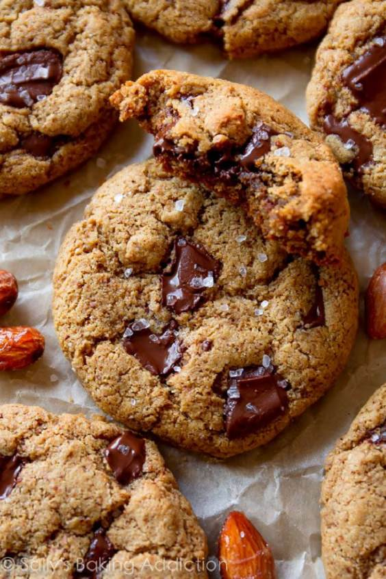 maple-almond-butter-chocolate-chunk-cookies
