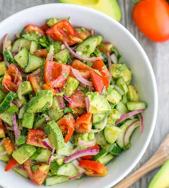 Avocados are one of the healthiest fruits and adding them to your diet is a good idea. There are 15 delicious ways to enjoy them in your dinner!