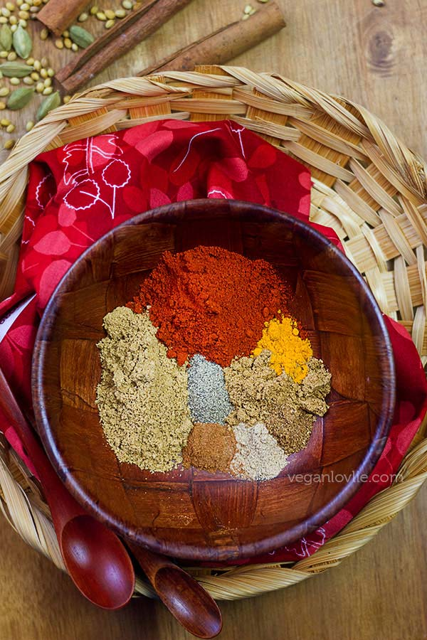 Making your own seasonings give you control over what goes in your favorite recipes. Get the flavor you love with these 50 Homemade Seasoning Ideas. Check out!